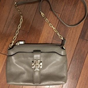 be98b617c75 Tory Burch Bags - Authentic Tory Burch Meyer Crossbody in Porcini